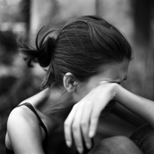 ,,sad,black,and,white,crying,girl,intense-a59ce7a986f348494dcc1a03a75dfb0a_h